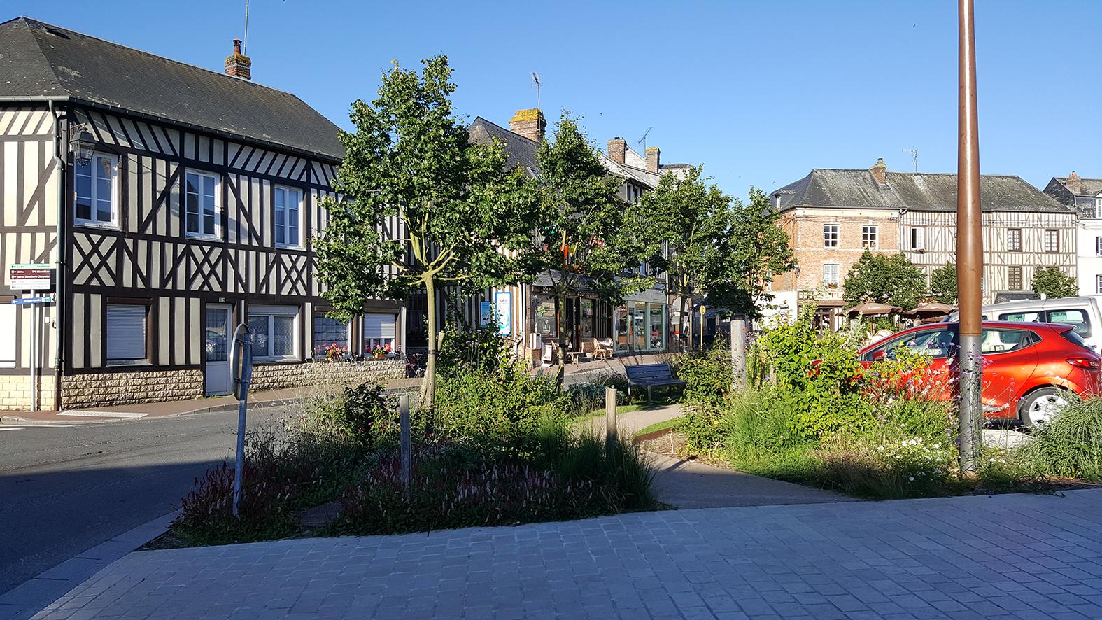Présentation du projet d'aménagement de la Place de Verdun à Moyaux